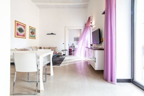 Solitaria | House