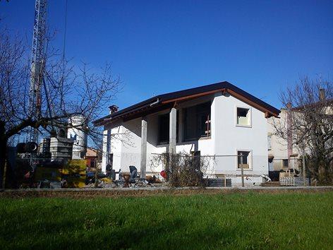 Progetto ristrutturazione in demolizione e ricostruzione con ampliamento ex piano casa di un fienile in Sommacampagna (VR)