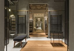 Comme Moi Flagship Store