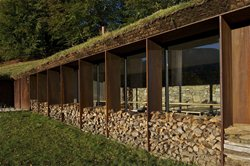 Extension of a barn in Pyrenees