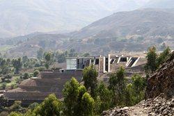 Pachacamac Hill House