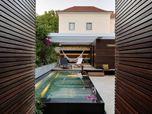 House in Estoril by Ricardo Moreno