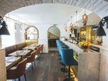 Apero Bar & Restaurant