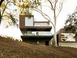 Oak Pass Guest House
