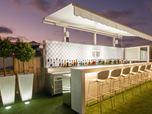 Le Toit - hotel roof bar