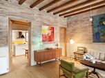 Renovation of an apartment (for a writer) in Eixample