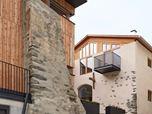 Risanamento ed ampliamento di due edifici per abitazione