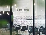 Blanc i Negre bar restaurant