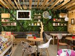 9 ¾ Bookstore + Cafè