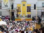 "Allestimento facciata e palco per ""Papa Francesco"""