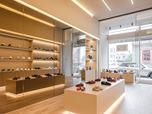 """Smart Walk"" Shoes Store"