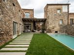 Country house in Girona