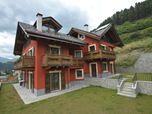 """Fabbricato residenziale su due livelli in località Bormio, denominato residenza """"Santelon"""""""