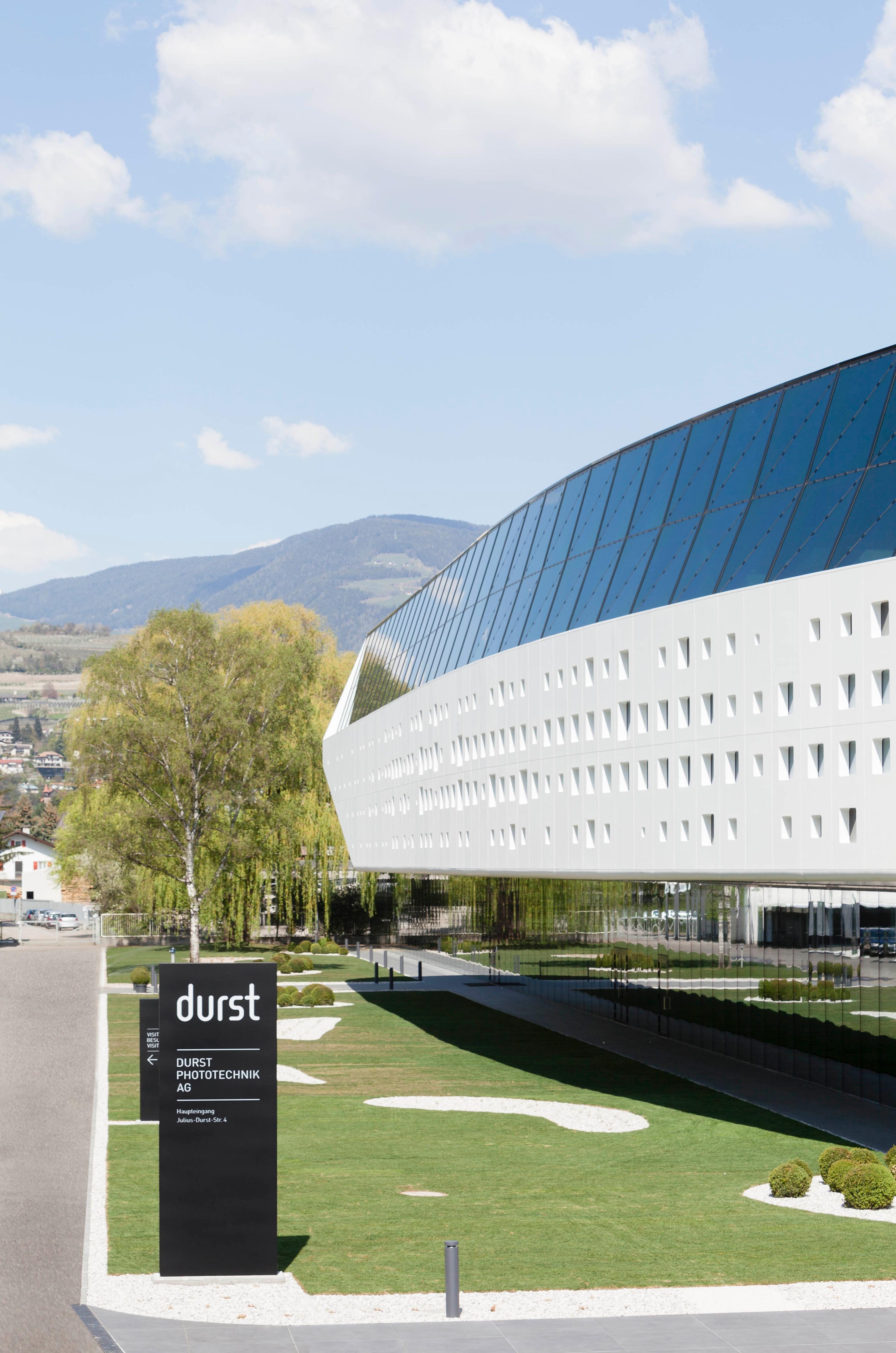 Specchi Per Palestra On Line durst hq | monovolume architecture + design