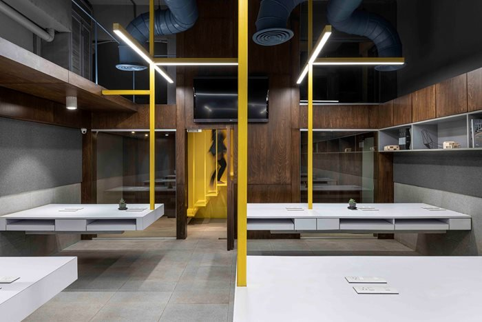 Suspended Office by DIG Architects