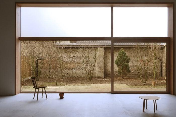 O12 - Artist House