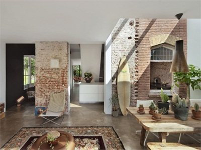 Railway House: extension designed by Zecc Architects