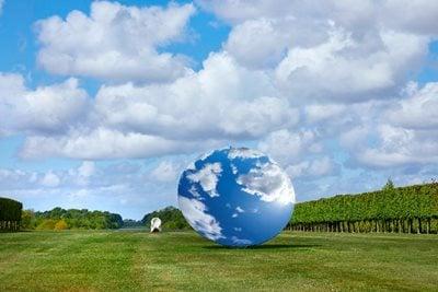 Anish Kapoor's largest UK exhibition of outdoor sculptures