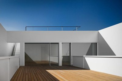 Dilating space in the House in Juso in Portugal