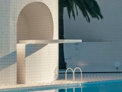 The private pools' architecture