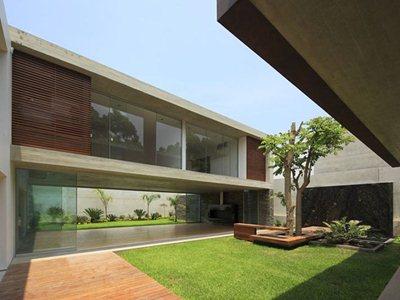 Planicie House II by Gonzalez Moix Arquitectura in Peru