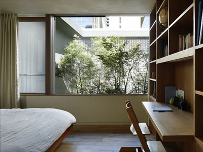 NAP Architects create a glass house in the centre of Hiroshima