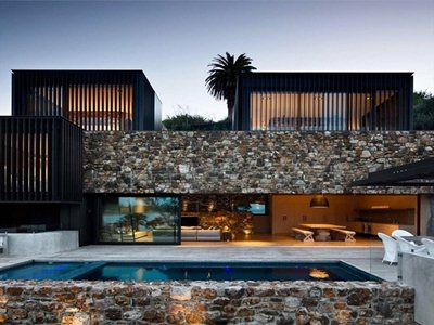 Local Rock House: the same stones for living and growing