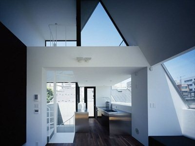 Apollo Architects & Associates: 'Grow' the home-cum-office in Tokyo
