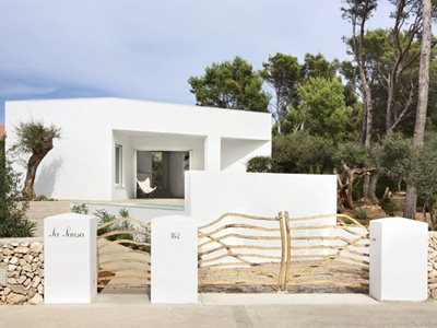 The 4 Porches and 4 Skylights House in Port d'Addaia