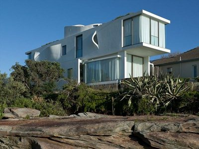 Seacliff House, on a cliff overlooking the Pacific Ocean