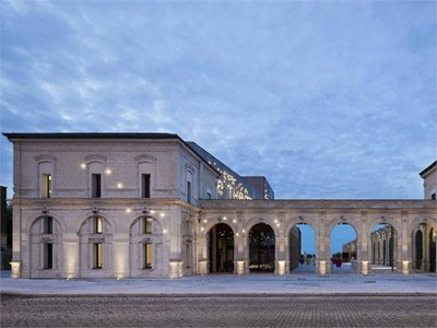 Théâtre Saint- Nazaire: a story told with Architecture