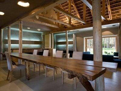 Ukraine: the Ecohotel designed by the Ryntovt Design Studio