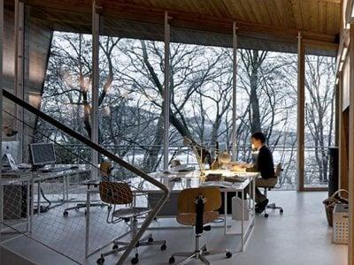 Traverso-Vighi architects' zero energy building