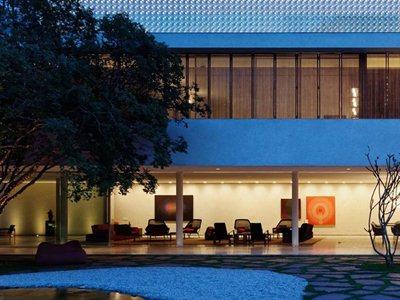 Cobogó house, unusual geometries to shield the Brazilian sun