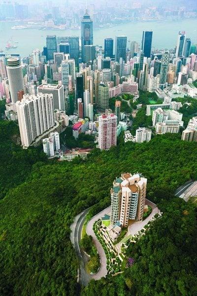 Opus Hong Kong: a privileged viewpoint over China