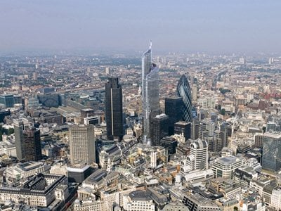 Unfinished and finished London architecture in times of economic downturn