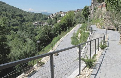 Knotting the hill town and its landscape in Vicovaro