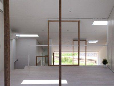 Katsutoshi Sasaki 'frames' living spaces