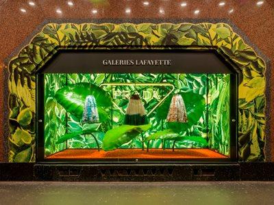Prada Hyper Leaves, the exclusive pop up in Paris