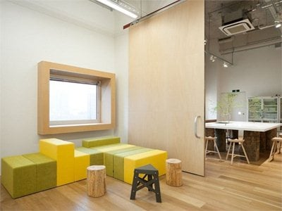 Hue Plus: the photographic studio in Tokyo by Schemata Architects