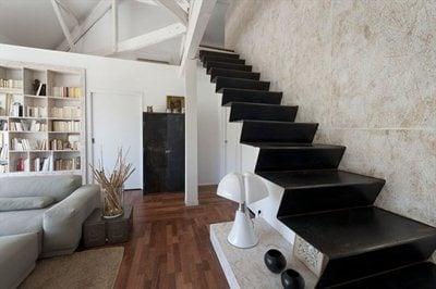 Maurice Padovani's farmhouse renovation near the Prado beaches in Marseilles