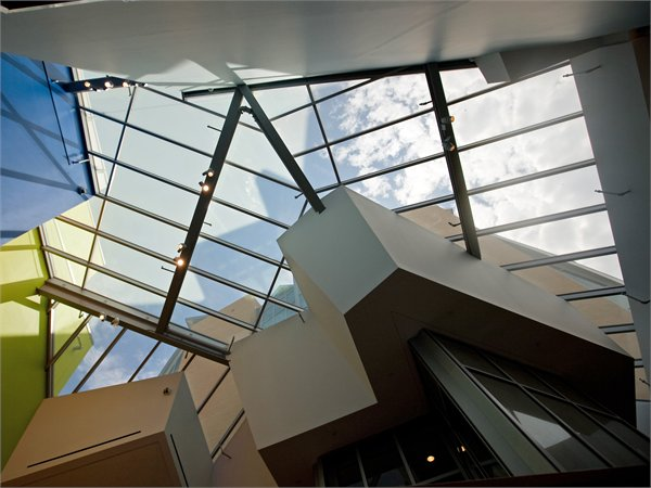 Lewis Library Gehry Partners LLP