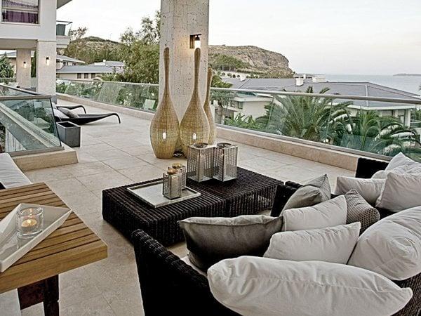 Seaside Villa I M Lab