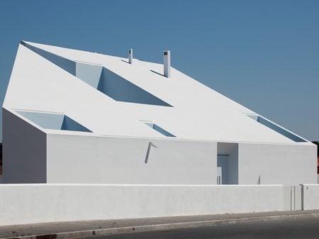 House in Possanco ARX Portugal Arquitectos