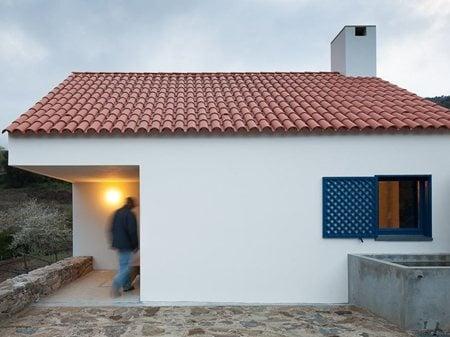 Casa dos Caseiros  SAMF arquitectos
