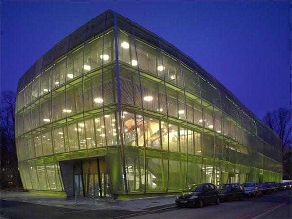 Haus für Musik und Musiktheater (MUMUTH) UNStudio