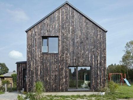 The Carbon House DDAANN