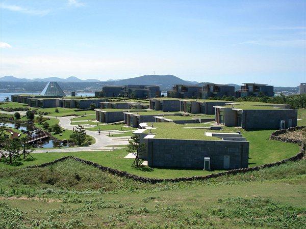 PHOENIX ISLAND VILLA CONDO & CLUB HOUSE Mario Botta Architetti