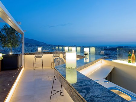 Lycabettus Apartment  Re-new architects