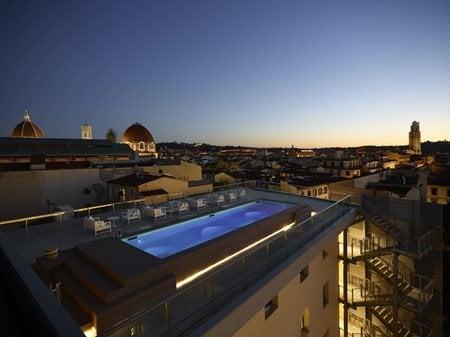 Glance Hotel Lema